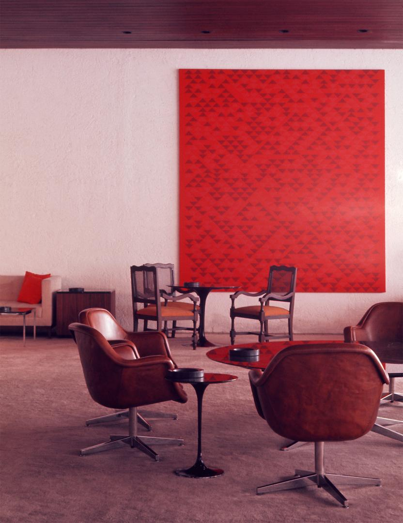 Anni Albers, Camino Real, Hotel Camino Real, Mexico City, Mexico, 1968. Photograph by Jon Naar. Courtesy of The Josef and Anni Albers Foundation, 1976.12.1. Copyright Jon Naar Photography.