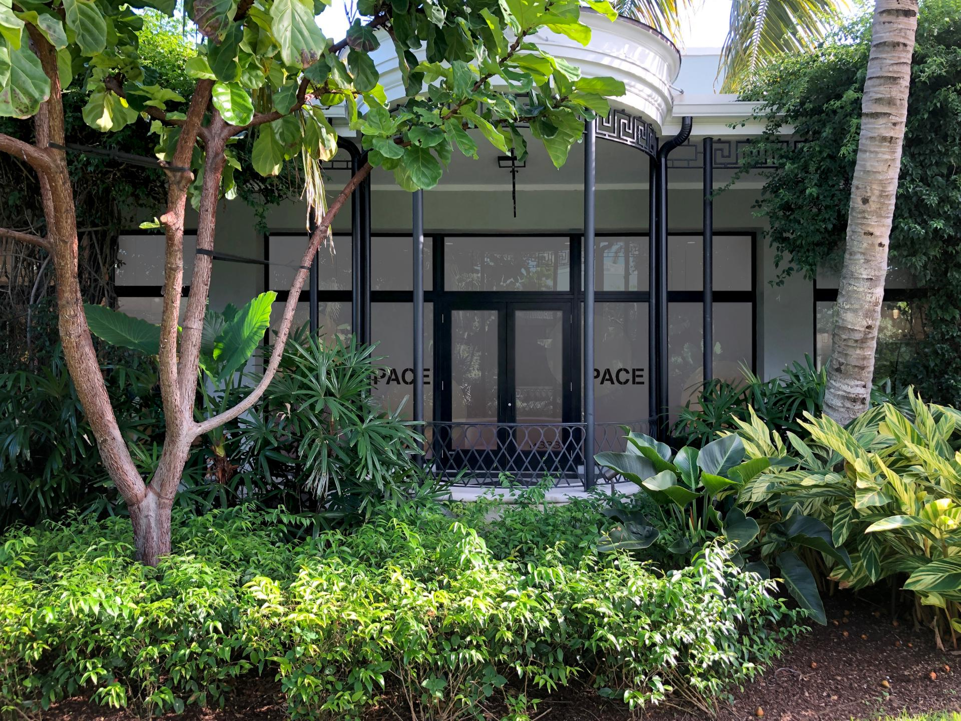Pace Gallery in Palm Beach Courtesy of The Royal Poinciana Plaza