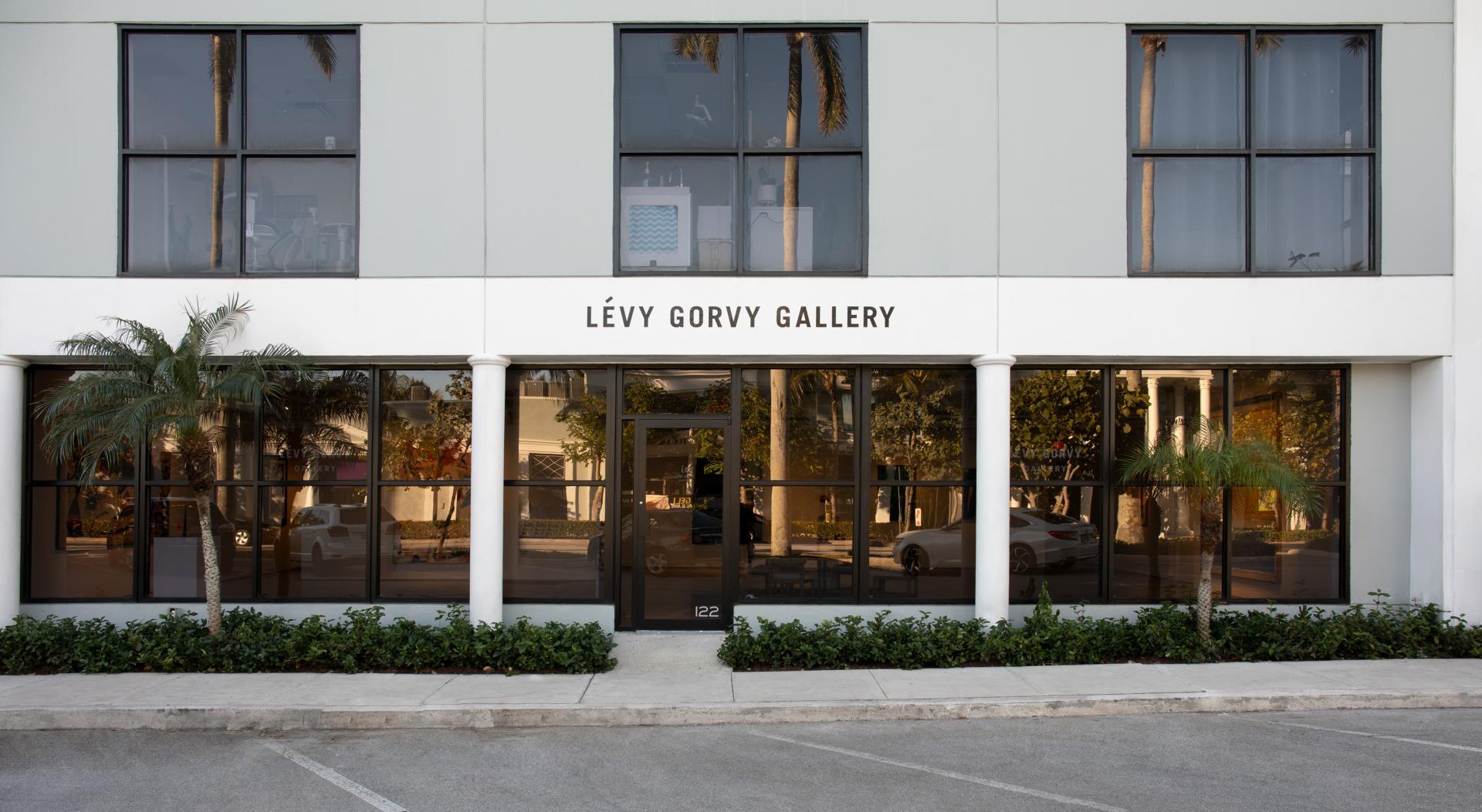 The exterior of Lévy Gorvy gallery in the Royal Poinciana Plaza, Palm Beach. Photo: Oriol Tarridas