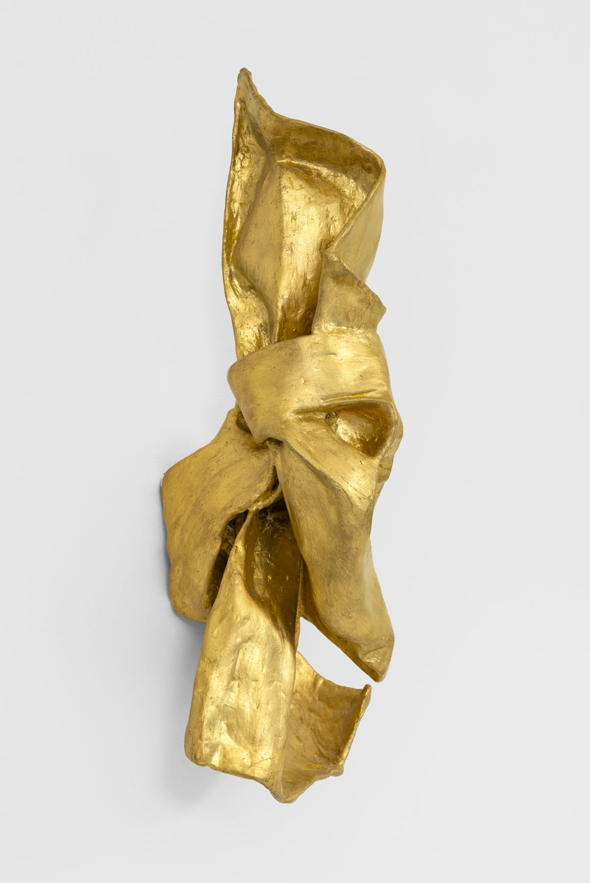 "Lynda Benglis, ""Pankaj,"" 1979. Image courtesy Cheim & Read, New York. Photo: Alex Yudzon. © 2020 Lynda Benglis/Licensed by VAGA at ARS, NY."