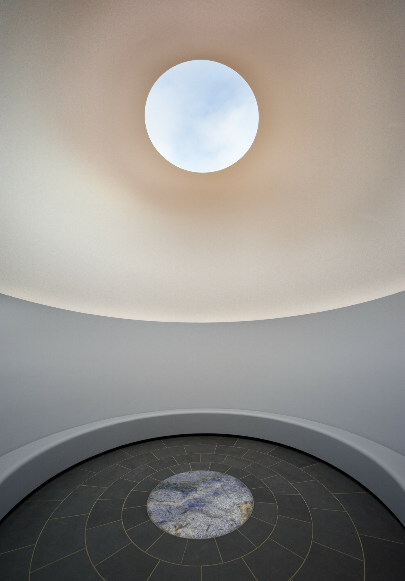 The Interior of James Turrell's Within Without, 2010. National Gallery of Australia, Canberra. Photo: John Gollings. Image courtesy of Mass MoCA.