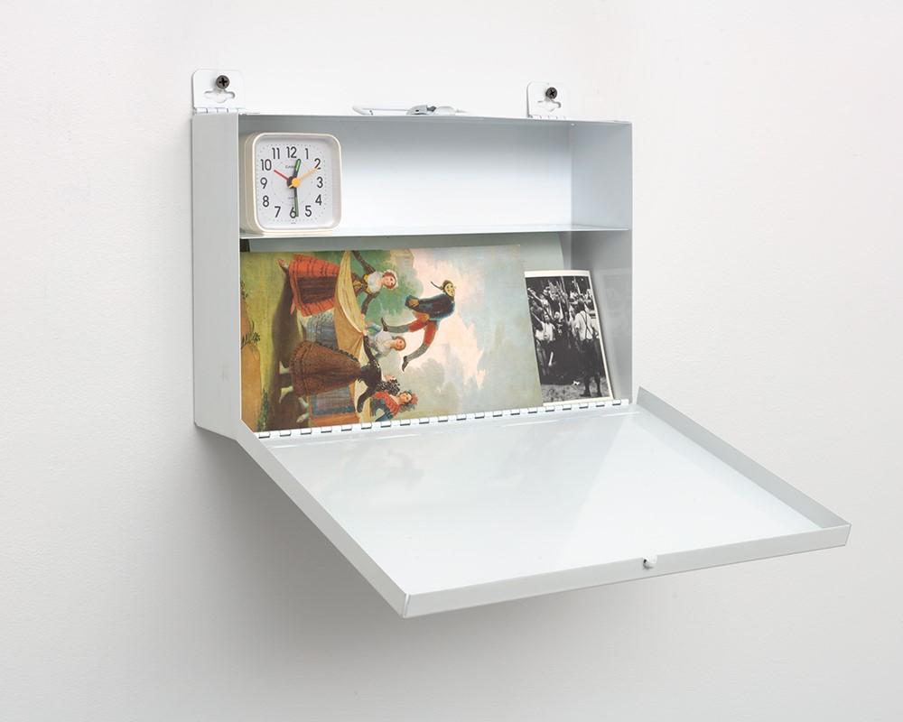 Felix Gonzalez-Torres, 'Untitled,' 1990. Metal first-aid kit, paper, clock. Courtesy of the Felix Gonzalez-Torres Foundation. ©Felix Gonzalez-Torres.